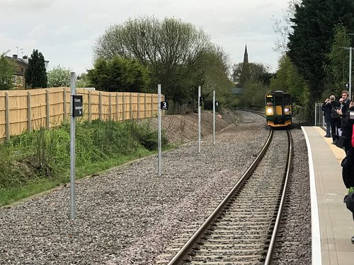 The first train in 53 years arrives and stops!