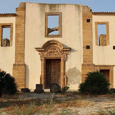 Ex Convento dei Cappuccini risalente al 1790 sito nel vecchio centro di Salaparuta.