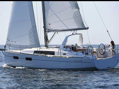 Il nostro nuovissimo Oceanis 35.1
