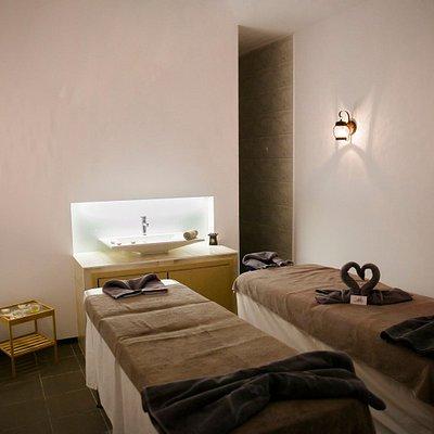 Double treatment room
