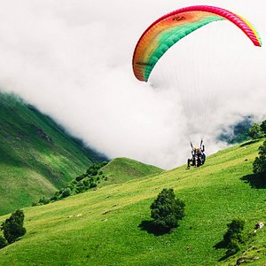 Who doesn't want to fly? Almost all of our tours include a paragliding option.