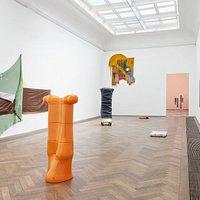 Installationsansicht, Ungestalt, Kunsthalle Basel, 2017. Foto: Philipp Hänger / Kunsthalle Basel