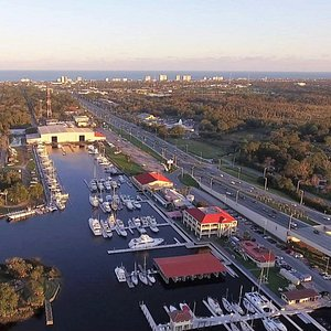 Less than a mile to beautiful Jacksonville Beaches