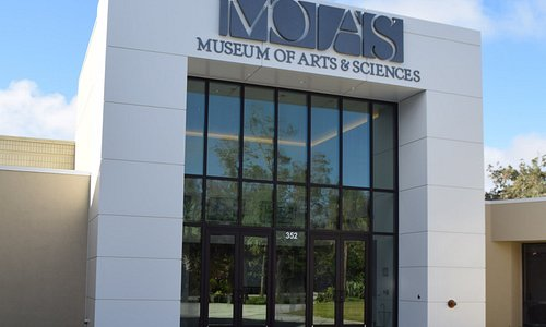 Museum of Arts & Sciences Lobby Entrance