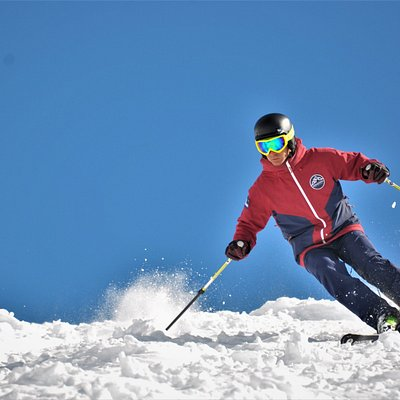 Deals in ski and snowboard lessons / Beneficios en clases de esquí y snowboard