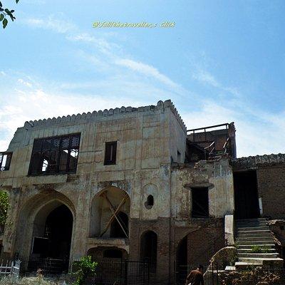 Westren Gate of Gor Gatri