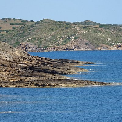 Mola de Fornells;walk to isolated beaches