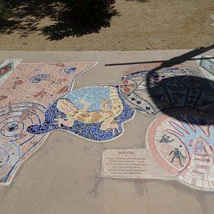 Mosaic path design