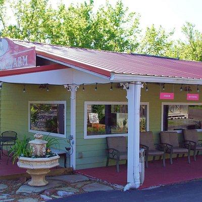 Southern Charm Gift Shop & Tea Room