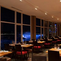 Massimo's Italian Fallsview Restaurant in Niagara Falls