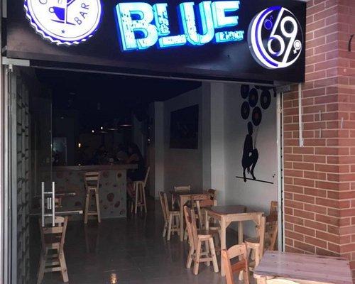 Cafe Bar Blue 69