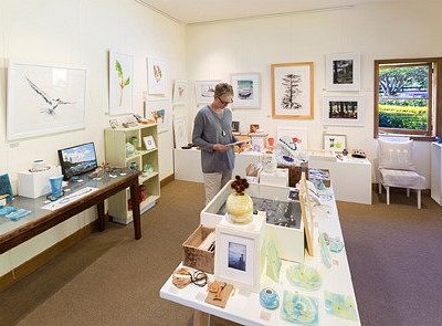 Gallery Guava Norfolk Island - displaying a beautiful selection of quality works by local artist