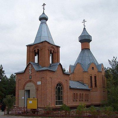Кладбищенский храм Преподобных Сергия и Германа Валаамских