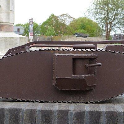 Tank Memorial Ypres Salient - Poelkapelle 20180427
