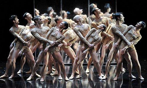 La gare du Midi abrite la célèbre compagnie de danse du Chrorégraphe Thierry Malandain !