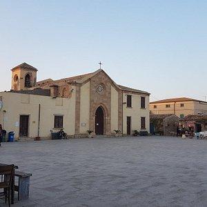 Prospetto anteriore della Chiesa di San Francesco di Paola in Marzamemi