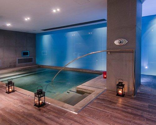indoorheated pool