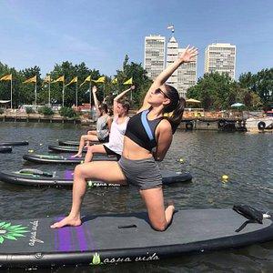 Floating SUP Yoga Classes in Philadelphia at Spruce Street Harbor Park