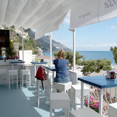 A beautiful spot to sip a drink while watching the world going on!