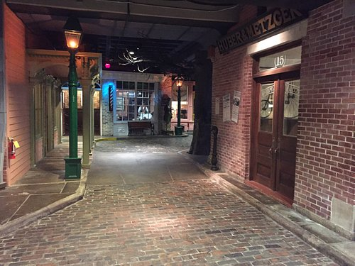 Terrific street displays; love how they show the different kinds of paving used at different tim