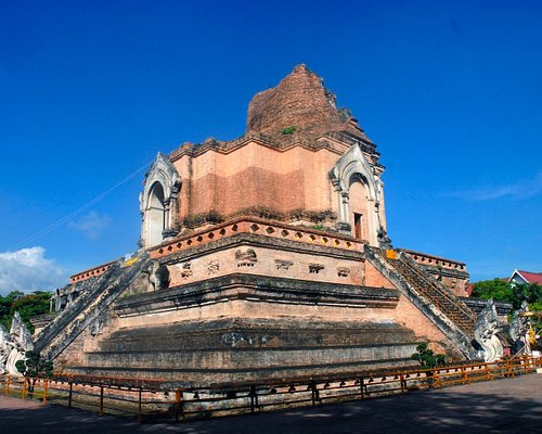restored ruin of the really big chedi