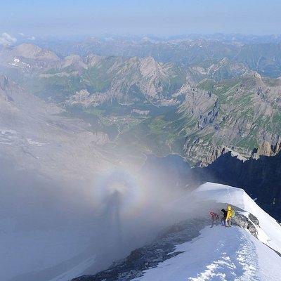 Blüemlisalp, Alpinschule Adelboden