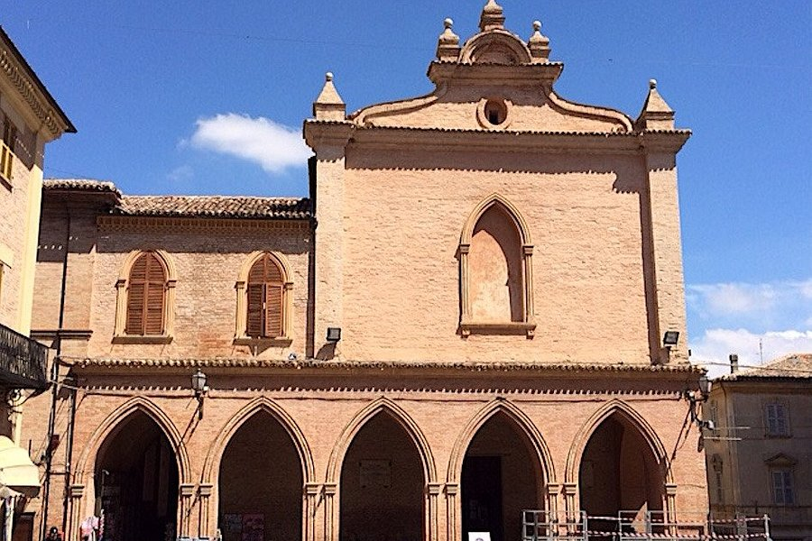 Ostra:  Chiesa di San Francesco