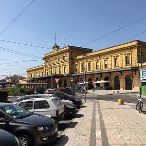 Estação Central de Modena