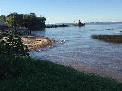 Caminando muy cerca del Río de la Plata