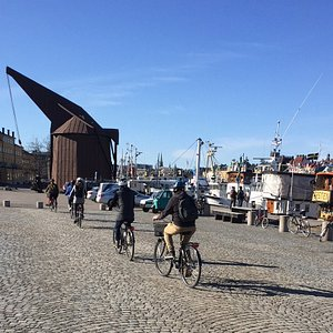 Guide bike tours in small groups in Stockholm