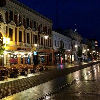večerní ulice