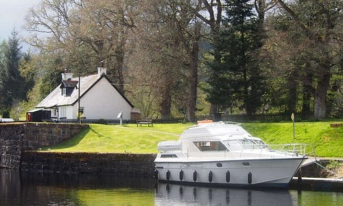 Royal Star at Kytra Lock, Caledonian Canal