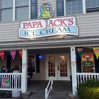 front entrance & porch at Papa Jack's Ice Cream parlor