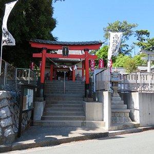 高塚熊野神社鳥居