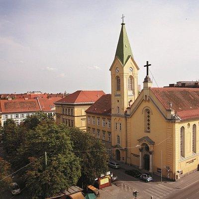 Die evangelische Heilandskirche am Kaiser-Josef-Platz in Graz.