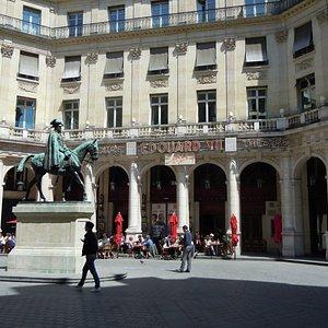 La place Edouard VII