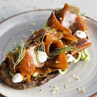 Smoked carrots on toast