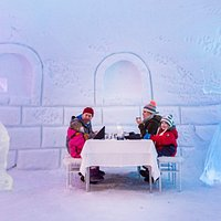 Have an unforgettable dinner in Snowman World Ice restaurant!