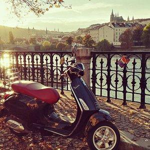 Vespa Story_rental&tours _city ride_#unforgettable