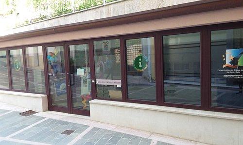 Ufficio informazioni di Gardone Riviera