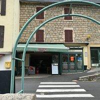 Alex, restaurant, Les Vignes, Gorges du Tarn.
