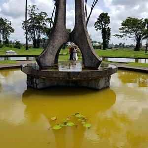 Seven Ponds Monument