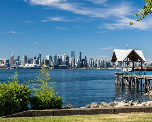 Waterfront Park Peir with Vancouver Skyline