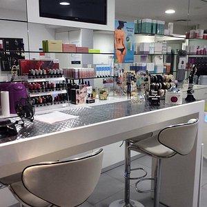 Soins du visage, soins du corps, maquillage semi/permanent, soins relaxants, amincissement Lens