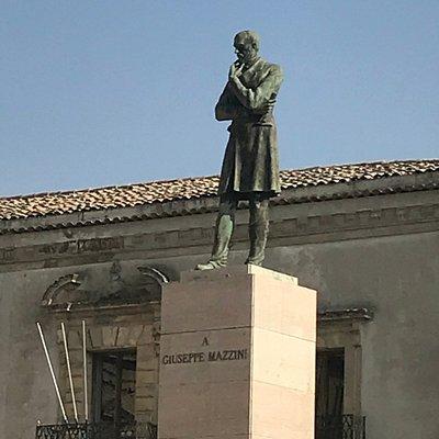 Statua di Mazzini