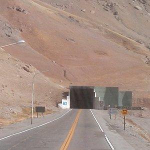 Túnel Del Cristo Redentor - lado argentino