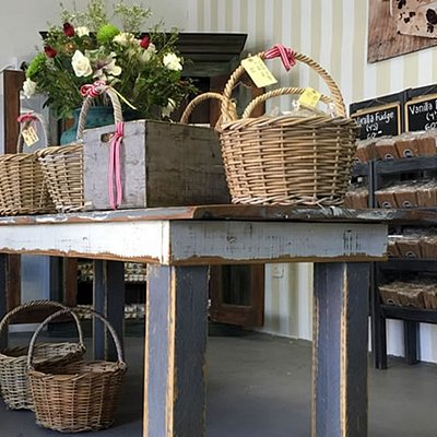 Roses factory outlet at 30 Concordia Street, Paarl