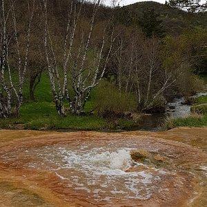 Экскурсия  на натуральный минеральный  гейзер  off-road tour +37494010062 WhatsApp#Viber