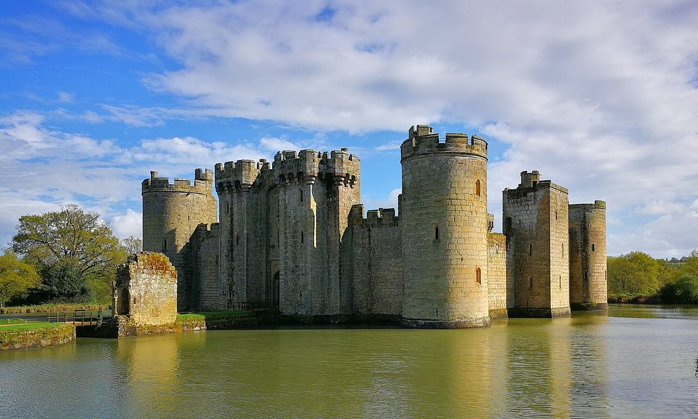 Bodiam castle, perfect example of an English castle