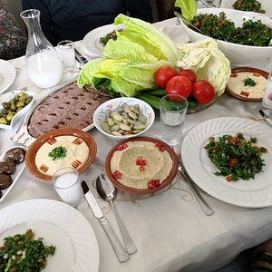 Enjoy a Lebanese cooking class and meal in a local home in Beirut - Traveling Spoon
